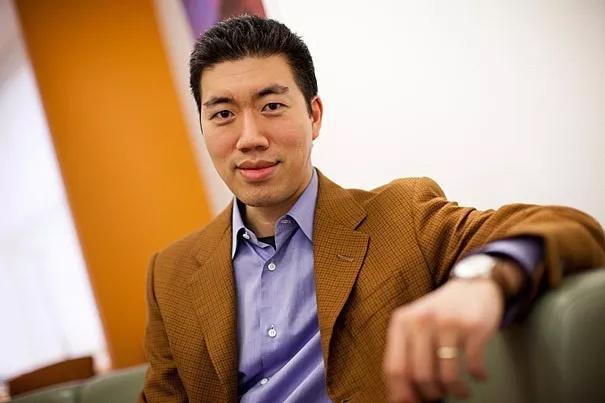 本研究的主要负责人David Liu教授